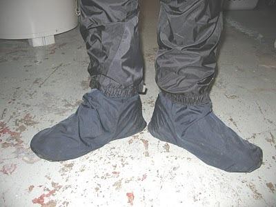 Shoecoverswrainpants1