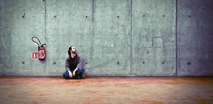 Usamljeni Muškarac